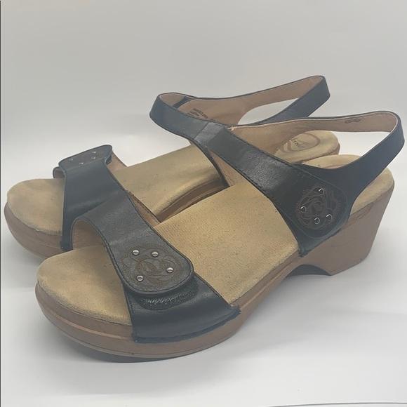 Dansko Shoes | Black Velcro Sandals 39